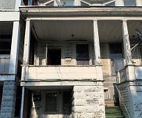 Building, 121 S Market St