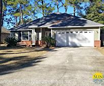 213 Oak St SE, Elliott's Point, Fort Walton Beach, FL