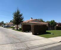 2801 Brookside Dr, The Oaks, Bakersfield, CA