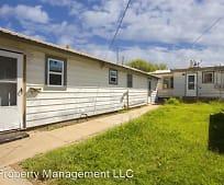 1633 N Manhattan St, Travis Middle School, Amarillo, TX