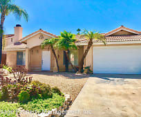 351 Old Stage Ct, Fallbrook, CA