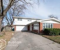 4536 W 101st Pl, Oak Lawn, IL
