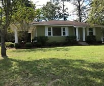 633 S 6th St, Jesup, GA