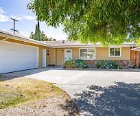 3796 E Pontiac Way, McLane, Fresno, CA