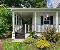 7865 Ravenna Rd, Auburn Vocational School, Painesville, OH