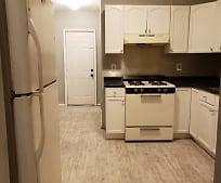 Kitchen, 1112 Chandler Ave