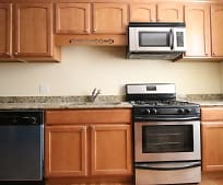 Kitchen, 4904 N Drake Ave