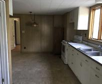 Kitchen, 622 Fairground Rd