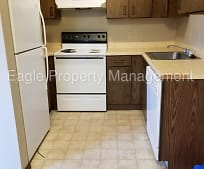 Kitchen, 1402 Meadowview Dr