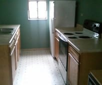 Kitchen, 611 S Cowling St
