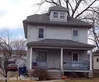 Building, 731 Wisconsin St
