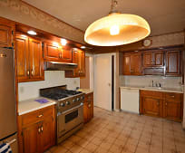 Kitchen, 71-14 164th St