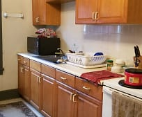4600 4th Ave, College Hill, Beaver Falls, PA