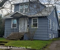 812 NW 10th St, Corvallis, OR