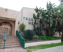 7924 Woodman Ave, Valley Glen, CA