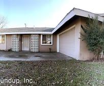 2480 Kim Ave, Meadowview, Sacramento, CA