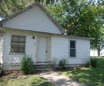 418 Collier St, Linn, MO