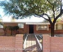 4930 E 23rd St, Roberts Naylor K 8 School, Tucson, AZ