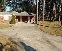 188 Johnson St, Lyons, GA