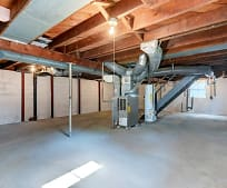 Fitness Weight Room, 4226 Hawthorne Ave
