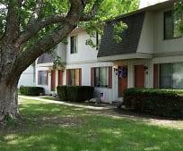 2503 Myers Ct, Champaign, IL