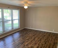 4415 W Washington St, Fairview Heights, IL