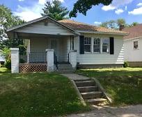 Building, 1142 N Adams St