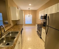 Kitchen, 424 Stockton Ridge