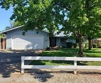 1088 Harpole Rd, East Redding, Redding, CA