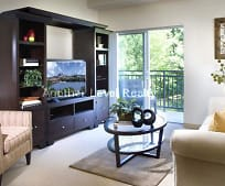 Living Room, 5 Newton St