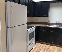 Kitchen, 181 Maplewood Dr