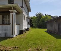 1622 Ogden Ave, Superior, WI