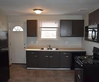 Kitchen, 638 E Jenkins Ave
