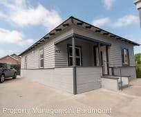 Building, 1437 W 35th Pl