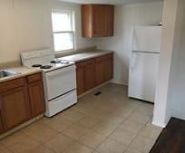 Kitchen, 122 S Roane St