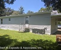 520 N Washington St, Interlachen, FL