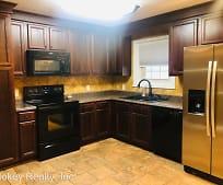 Kitchen, 154 Lakeshore Dr