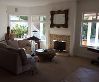 Living Room, 29 San Juan Dr