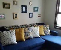 Living Room, 265 Edgemoor Rd