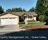 17874 Lake Forest Dr, Penn Valley, CA