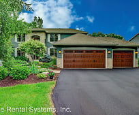 2456 Hunter Dr, Augusta, MN