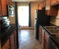 927 11th Ave S, Eden Prairie, MN