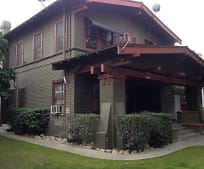 Building, 171 N Van Ness Ave