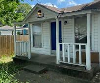 426 Dolores St, Central City, Corpus Christi, TX