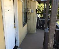 402 E 10th St, Beaumont, CA