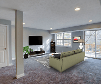 Living Room, 10555 Montgomery Rd