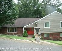 148 Woodshire Dr, Parkersburg, WV