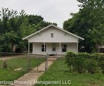 Building, 818 N Elm St