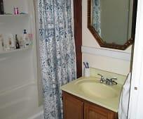 Bathroom, 16 N Irvine St