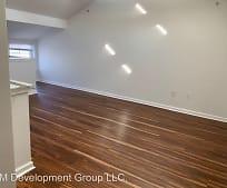 Living Room, 304 Bridgeview Dr